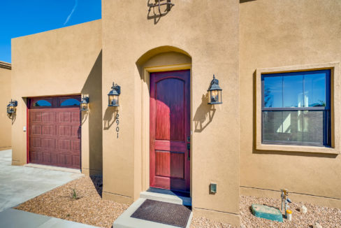 2901 Viale Ct Santa Fe NM-large-003-024-Exterior Front Entry-1499x1000-72dpi