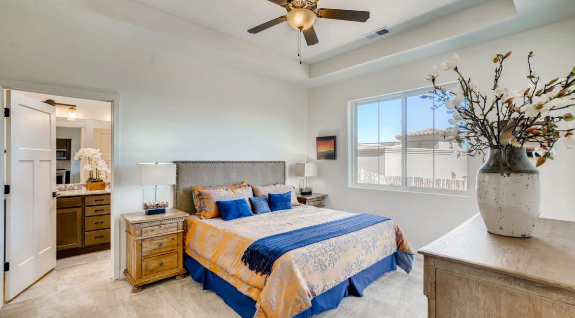 2901 Viale Ct Santa Fe NM-large-012-011-Master Bedroom-1500x1000-72dpi
