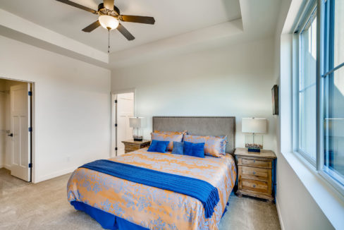 2901 Viale Ct Santa Fe NM-large-014-012-Master Bedroom-1499x1000-72dpi
