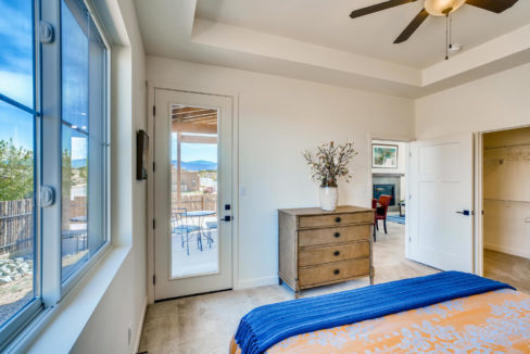 2901 Viale Ct Santa Fe NM-large-015-023-Master Bedroom-1500x1000-72dpi