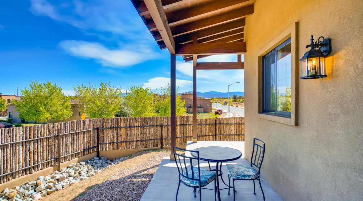2901 Viale Ct Santa Fe NM-large-017-018-Patio-1500x1000-72dpi