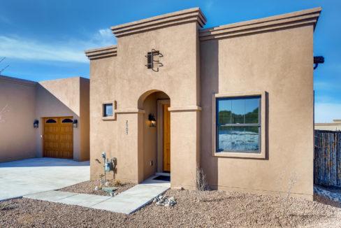 2905 Viale Court Santa Fe NM-large-002-003-Exterior Front-1500x1000-72dpi