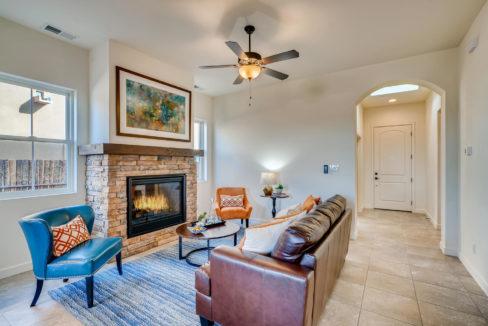 2905 Viale Court Santa Fe NM-large-006-002-Living Room-1499x1000-72dpi