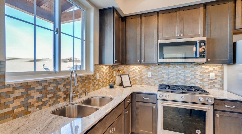 2905 Viale Court Santa Fe NM-large-009-014-Kitchen-1500x1000-72dpi