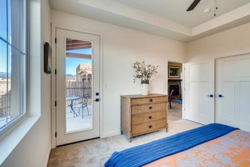 2905 Viale Court Santa Fe NM-large-011-009-Master Bedroom-1500x1000-72dpi