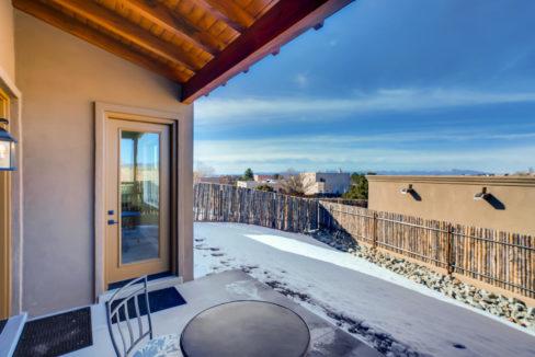 2905 Viale Court Santa Fe NM-large-018-016-Patio-1500x1000-72dpi