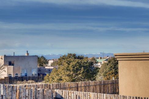 2905 Viale Court Santa Fe NM-large-020-019-Views-1500x1000-72dpi