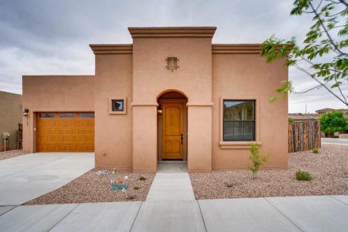3166 Viale Cetona Santa Fe NM-large-002-001-Exterior Front-1499x1000-72dpi