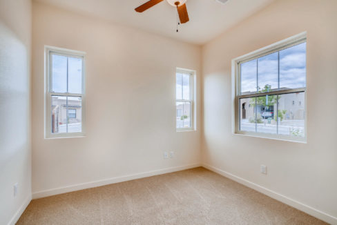3166 Viale Cetona Santa Fe NM-large-013-006-Bedroom-1499x1000-72dpi