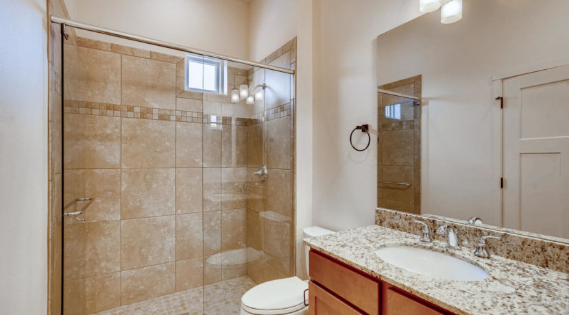 3166 Viale Cetona Santa Fe NM-large-015-008-Bathroom-1500x1000-72dpi