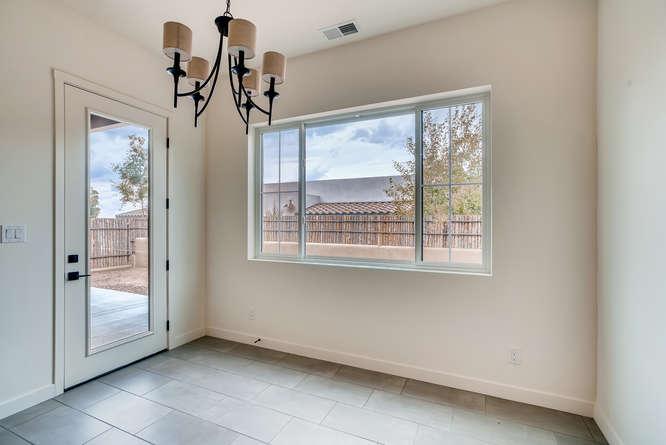 3152 Viale Tresana Santa Fe NM-small-006-005-Dining Room-666x445-72dpi