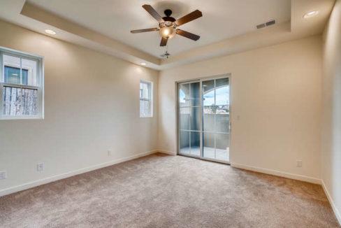 3152 Viale Tresana Santa Fe NM-small-011-008-Master Bedroom-666x445-72dpi