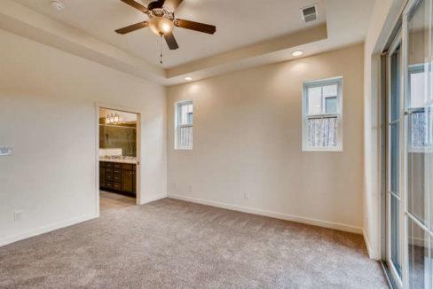 3152 Viale Tresana Santa Fe NM-small-012-013-Master Bedroom-666x445-72dpi