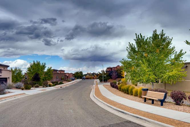 3152 Viale Tresana Santa Fe NM-small-022-020-Views-666x444-72dpi