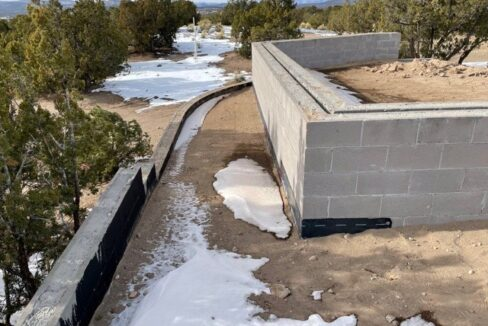 Val Lot 10 - Seat Wall and retaining wall #1