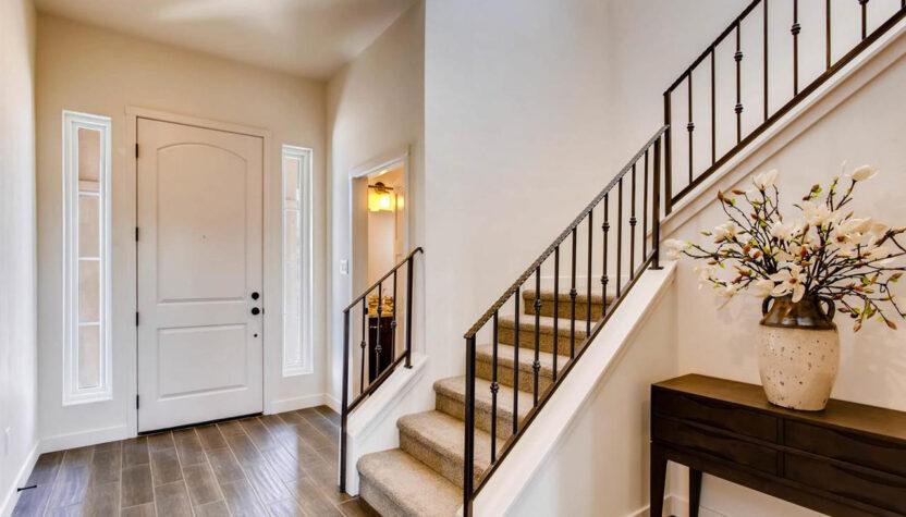 12-3150 Viale Cetona - staircase