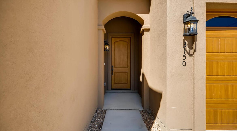3150 Viale Tresana Santa Fe NM-large-003-020-Exterior Front Entry-1500x999-72dpi