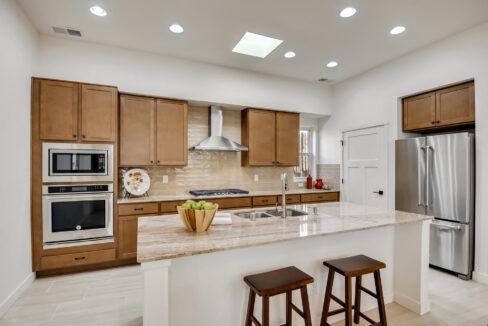 3150 Viale Tresana Santa Fe NM-large-007-019-Kitchen-1500x999-72dpi