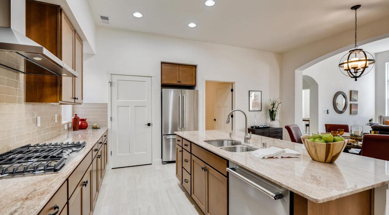 3150 Viale Tresana Santa Fe NM-large-009-005-Kitchen-1500x998-72dpi