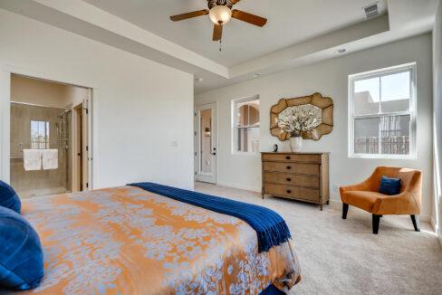 3150 Viale Tresana Santa Fe NM-large-013-002-Master Bedroom-1500x999-72dpi